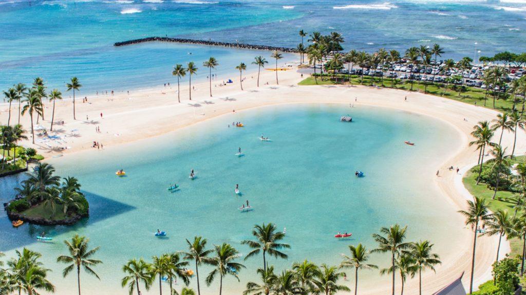 ハワイ プール